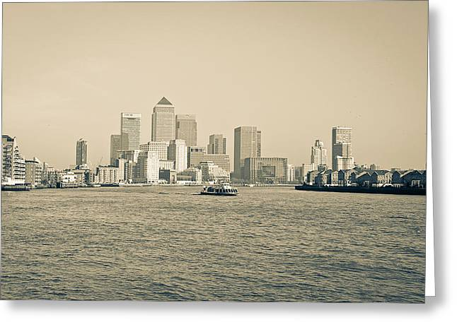 Runnycustard Greeting Cards - Canary Wharf Cityscape Greeting Card by Lenny Carter