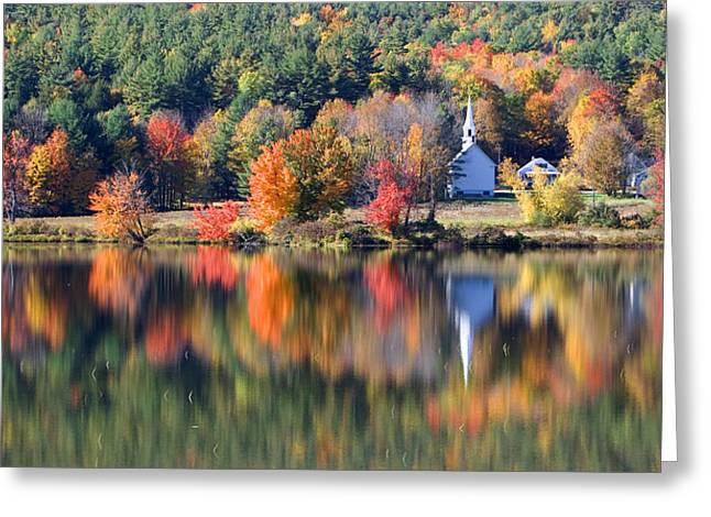 Northeastern United States Greeting Cards - Classic Autumn New Hampshire Greeting Card by Larry Landolfi