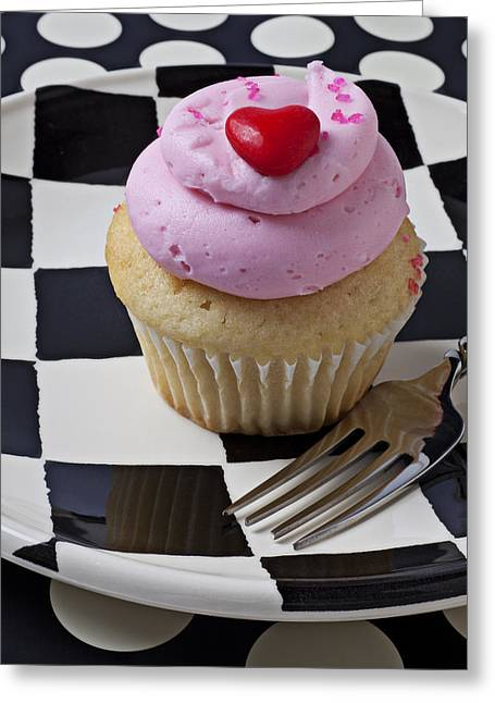 Cupcakes Greeting Cards - Cupcake with heart on checker plate Greeting Card by Garry Gay