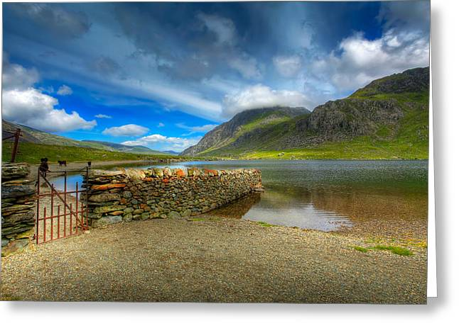 Hdr Landscape Greeting Cards - Cwm Idwal Greeting Card by Adrian Evans