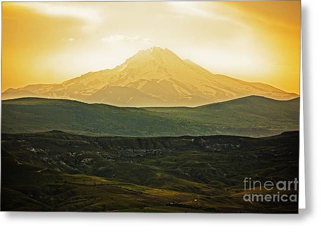 Vista Greeting Cards - Daybreak Greeting Card by Andrew Paranavitana