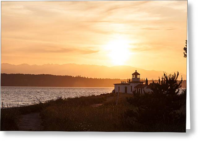 Days End At Discovery Lighthouse Greeting Card by Mike Reid