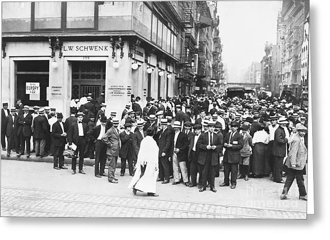 L.a. Woman Greeting Cards - Depositors Run On Failed Bank, Nyc Greeting Card by Photo Researchers