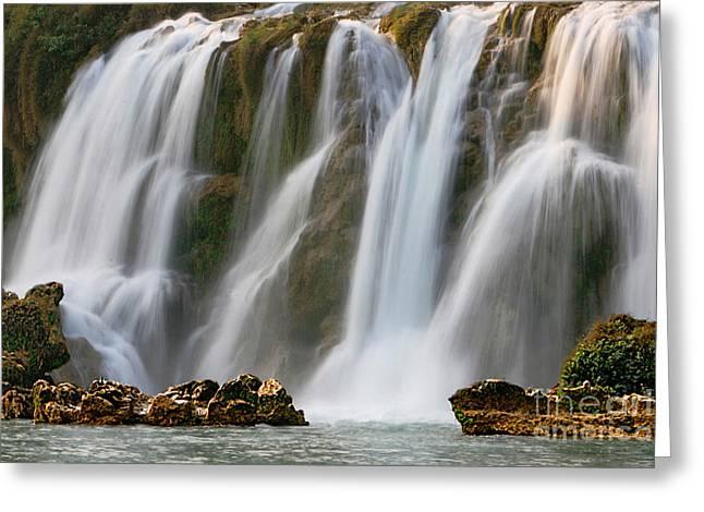 Detian Greeting Cards - Detian Waterfall Greeting Card by Qian Jinqun