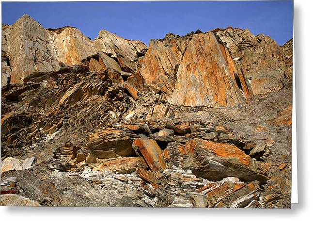 Iron Oxide Greeting Cards - Devonian Slates And Shales Greeting Card by Dr Keith Wheeler