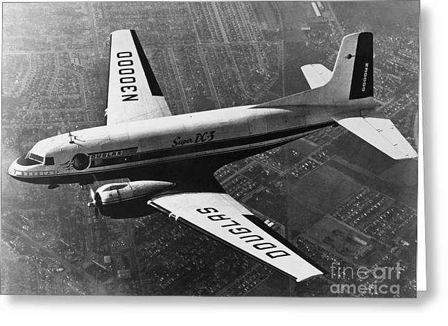 Dc-3 Greeting Cards - Douglas Dc-3 Greeting Card by Photo Researchers