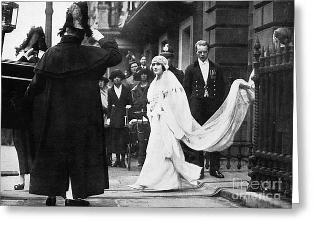 Duchess Greeting Cards - Elizabeth Bowes-lyon Greeting Card by Granger