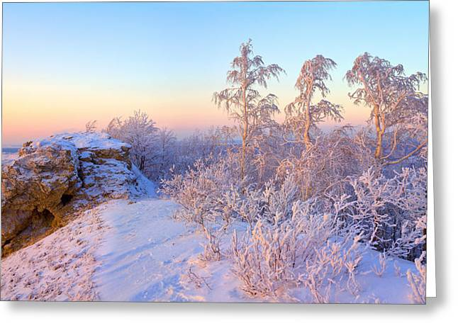 Perspective Pyrography Greeting Cards - Frozen sunset winter landscape Greeting Card by Vladimir Semenoj