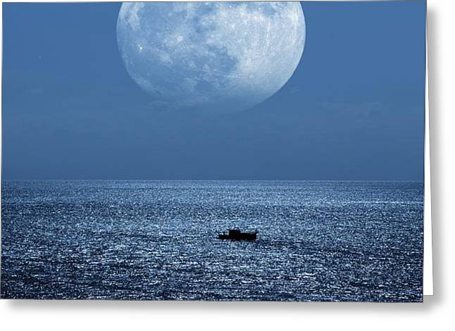 Full Moon Rising Over The Sea Greeting Card by Detlev Van Ravenswaay