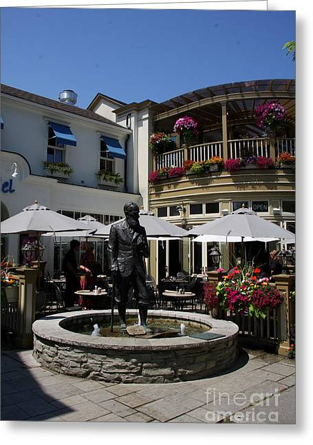 G.b. Shaw Statue - Niagara On The Lake Greeting Card by Christiane Schulze Art And Photography