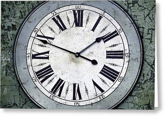 Grungy Clock Greeting Card by Carlos Caetano