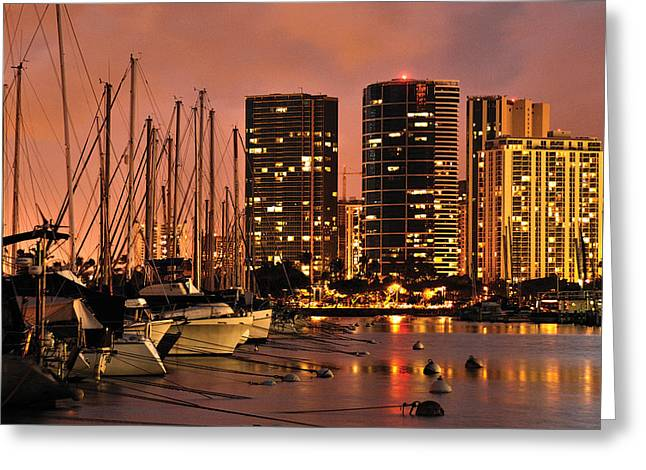 Hawii Greeting Cards - Honolulu Greeting Card by Don Wolf