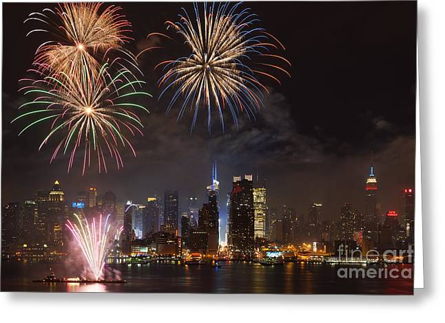 4th July Photographs Greeting Cards - Hudson River Fireworks IV Greeting Card by Clarence Holmes