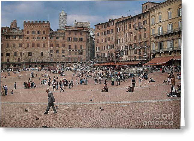 Siena Italy Greeting Cards - Il Campo Siena Greeting Card by Jim Wright