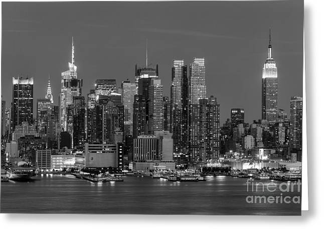 Twilight Greeting Cards - Manhattan Twilight IV Greeting Card by Clarence Holmes