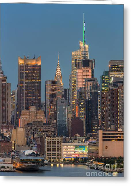 Nast Greeting Cards - Manhattan Twilight V Greeting Card by Clarence Holmes