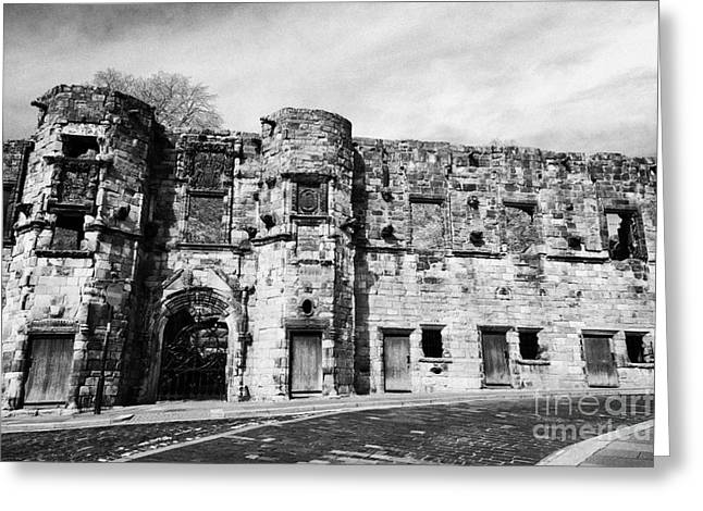 Wark Photographs Greeting Cards - Mars Wark In The Historic Old Town Of Stirling Scotland Uk Greeting Card by Joe Fox