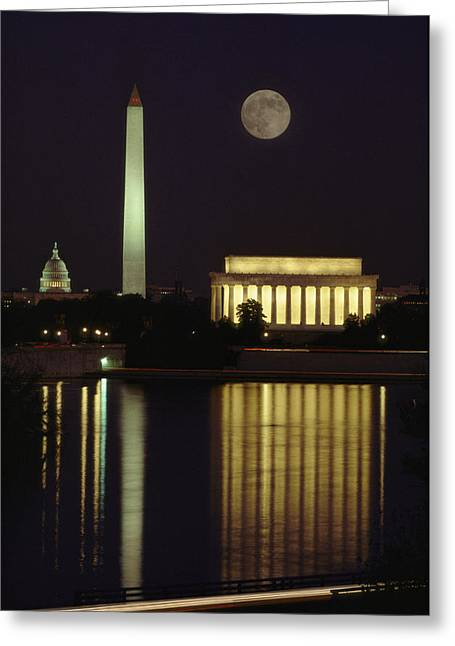 District Of Columbia Greeting Cards - Moonrise Over The Lincoln Memorial Greeting Card by Richard Nowitz
