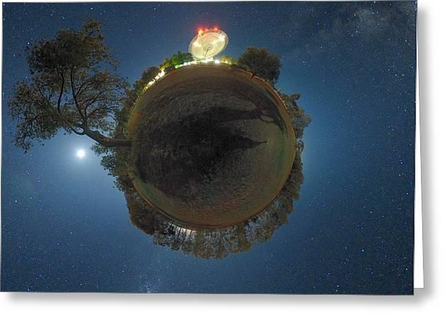 Night Sky Over Parkes Observatory Greeting Card by Alex Cherney, Terrastro.com
