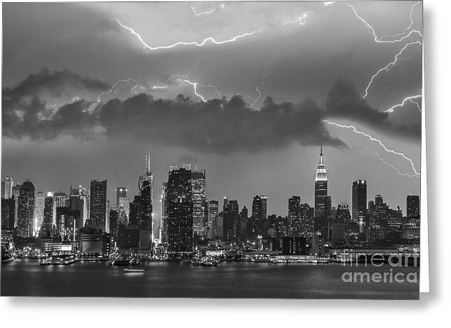 Nyc All Charged Up Bw Greeting Card by Susan Candelario