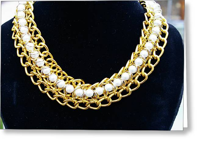 Pearls And Chains Greeting Card by Susan Geluz
