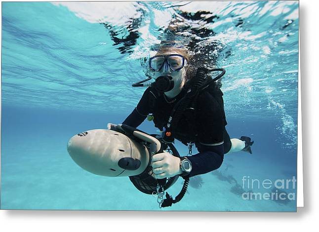 Underwater Breathing Greeting Cards - Scuba Diver Navigates The Waters Using Greeting Card by Terry Moore