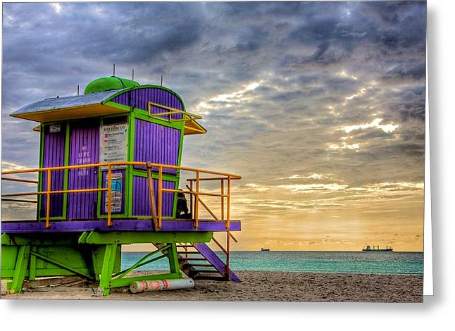 Day Photographs Greeting Cards - South Beach Dawn Greeting Card by William Wetmore
