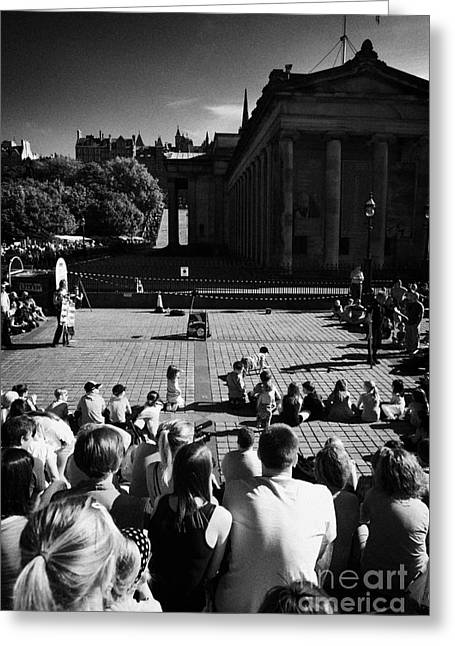 Street Performers Greeting Cards - Street Performer In The Centre Of Edinburgh Scotland Uk United Kingdom Greeting Card by Joe Fox