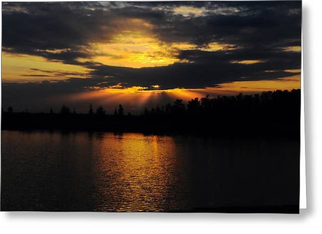 Lyle Huisken Greeting Cards - Sun Rays Over Solivita Greeting Card by Lyle  Huisken