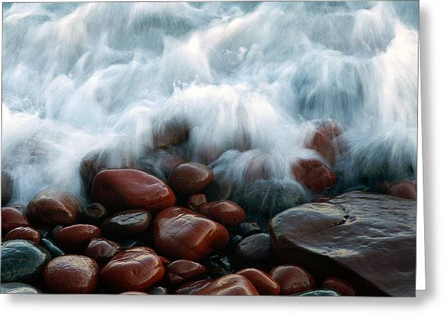 Superior On The Rocks Greeting Card by Bill Morgenstern