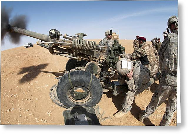 Iraqi Army Greeting Cards - U.s. And Iraqi Artillerymen Train Greeting Card by Stocktrek Images