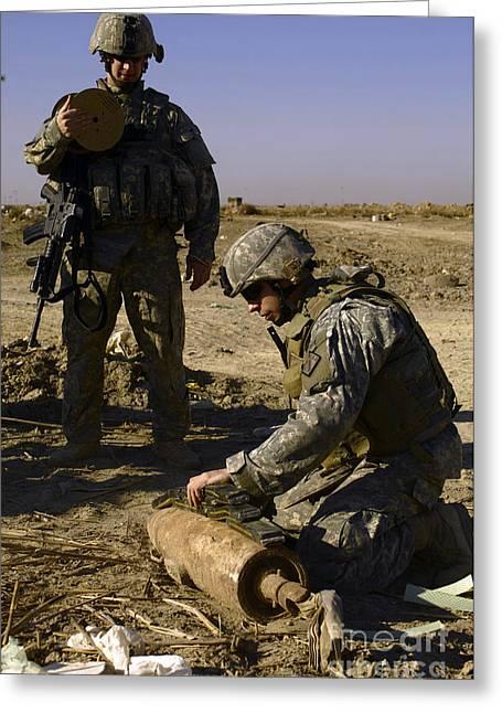 Baghdad Greeting Cards - U.s. Army Soldiers Preparing Greeting Card by Stocktrek Images