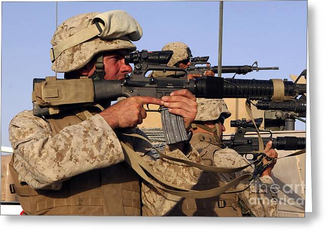 U.s. Marines Sighting Greeting Card by Stocktrek Images