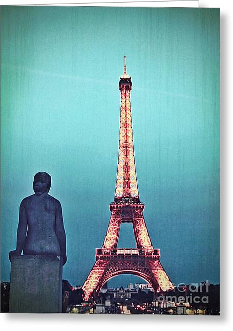 Eifel-tower Greeting Cards - Viewing the Eiffel Tower Greeting Card by Paul Topp