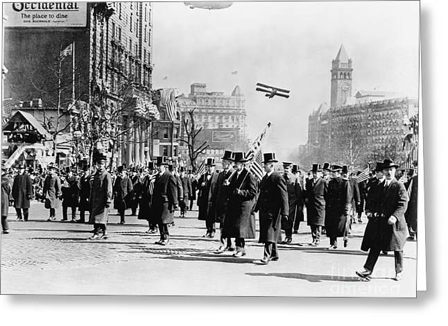Wwi Greeting Cards - Wwi Victory Parade Greeting Card by Photo Researchers