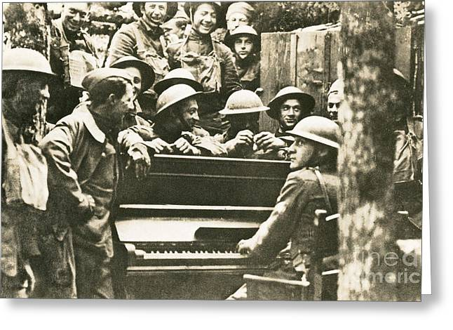 Yanks Greeting Cards - Yankee Soldiers Around A Piano Greeting Card by Photo Researchers