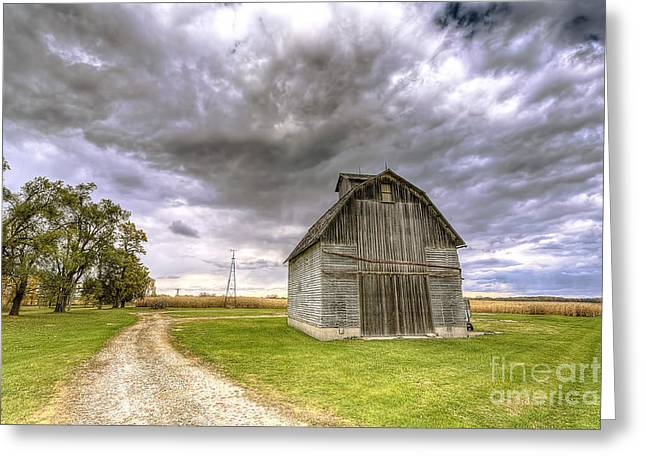 Illinois Barns Photographs Greeting Cards - 0980 Central Illinois Barn Greeting Card by Steve Sturgill