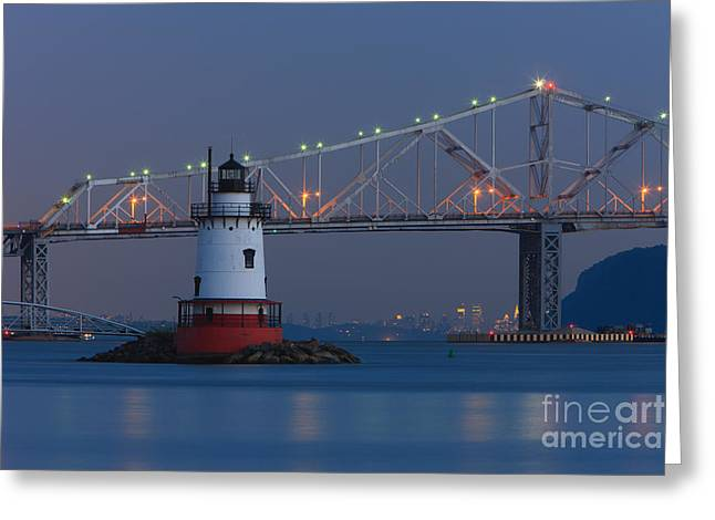 Tarrytown Lighthouse And Tappan Zee Bridge At Twilight Greeting Card by Clarence Holmes