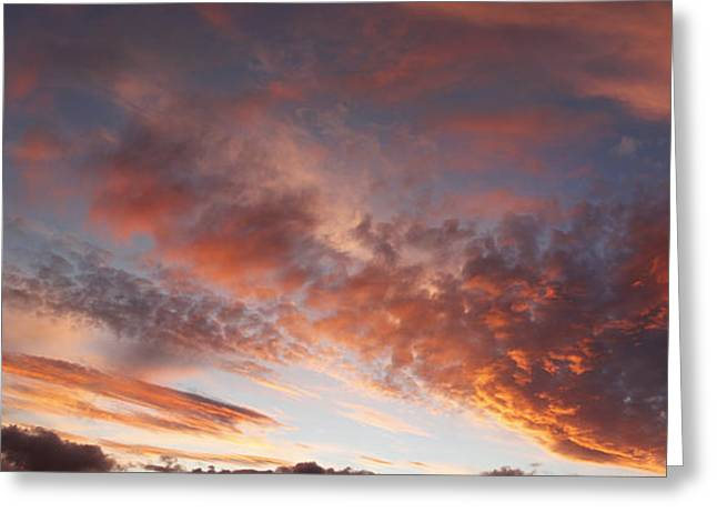 Beautiful Dusk Greeting Cards - Summer sky Greeting Card by Les Cunliffe