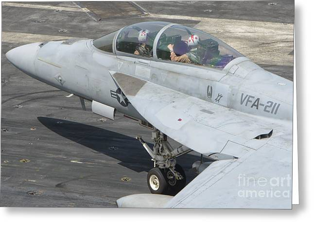 211 Greeting Cards - An Fa-18f Super Hornet On The Flight Greeting Card by Giovanni Colla