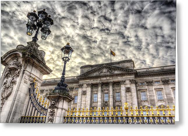 Buckingham Palace Greeting Cards - Buckingham Palace Greeting Card by David Pyatt