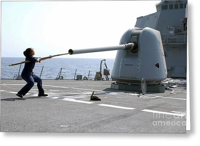 Anti-aircraft Greeting Cards - A Gunners Mate Cleans The Barrel Greeting Card by Stocktrek Images