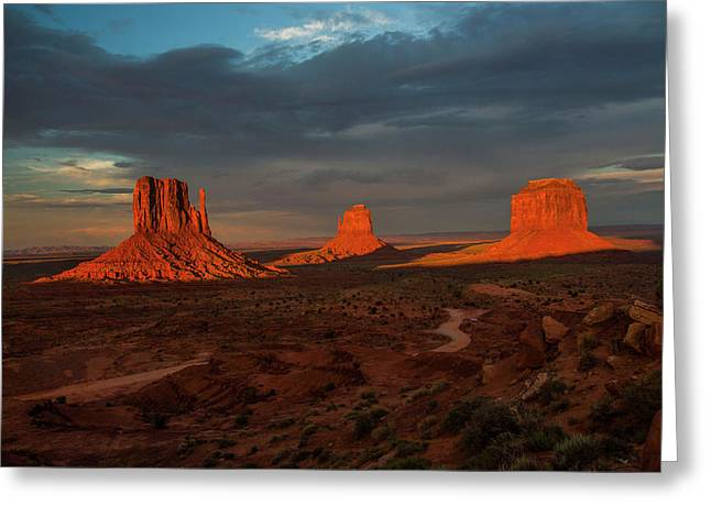 The Plateaus Greeting Cards - A Sunset to Remember Greeting Card by Doug Scrima