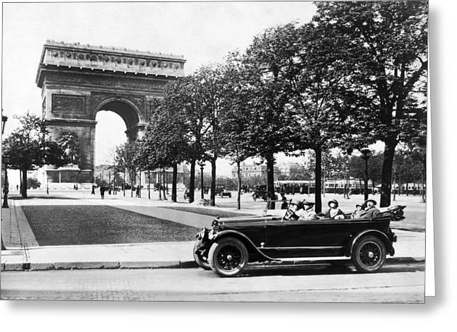"Touring Car Greeting Cards - Arc de Triomphe de l""Etoile Greeting Card by Underwood Archives"