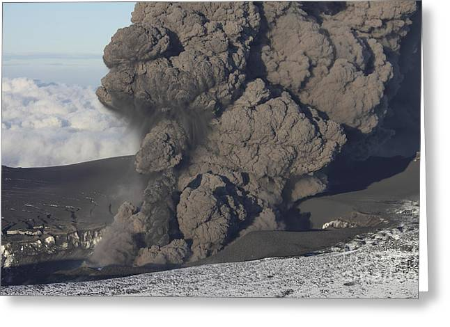 Emitting Greeting Cards - Ash Cloud Eruption On Eyjafjatlajökull Greeting Card by Richard Roscoe
