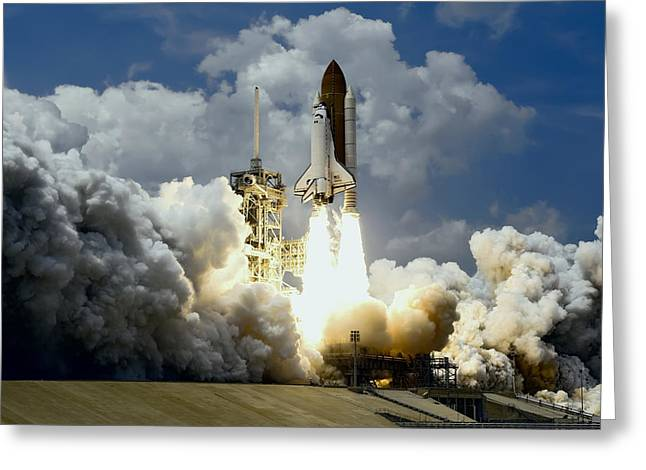 Atlantis Shuttle Launch Greeting Card by Daniel Hagerman