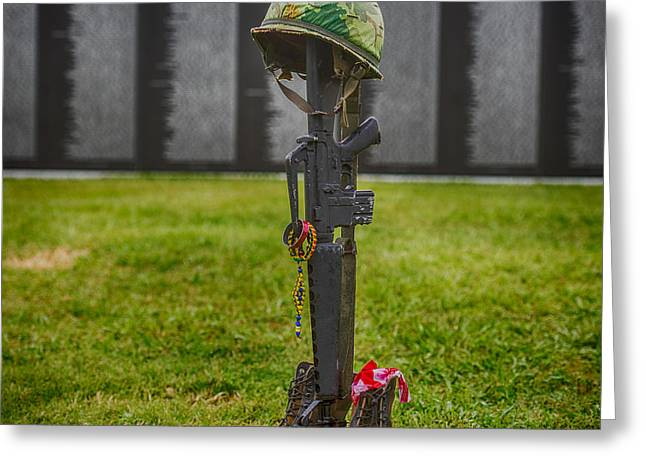Battle Field Cross At The Traveling Wall Greeting Card by Paul Freidlund