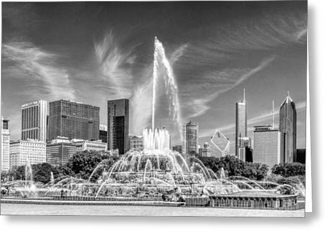 Buckingham Fountain Skyline Panorama Black And White Greeting Card by Christopher Arndt