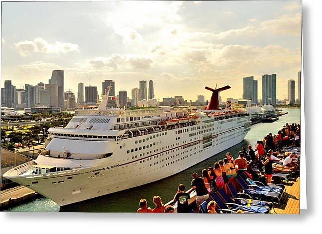 Carnival Glory Greeting Cards - Carnival Ecstasy Greeting Card by Srinivasan Venkatarajan