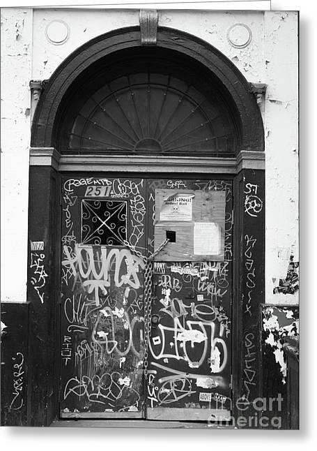 Chelsea Doorway Nyc Greeting Card by Edward Fielding